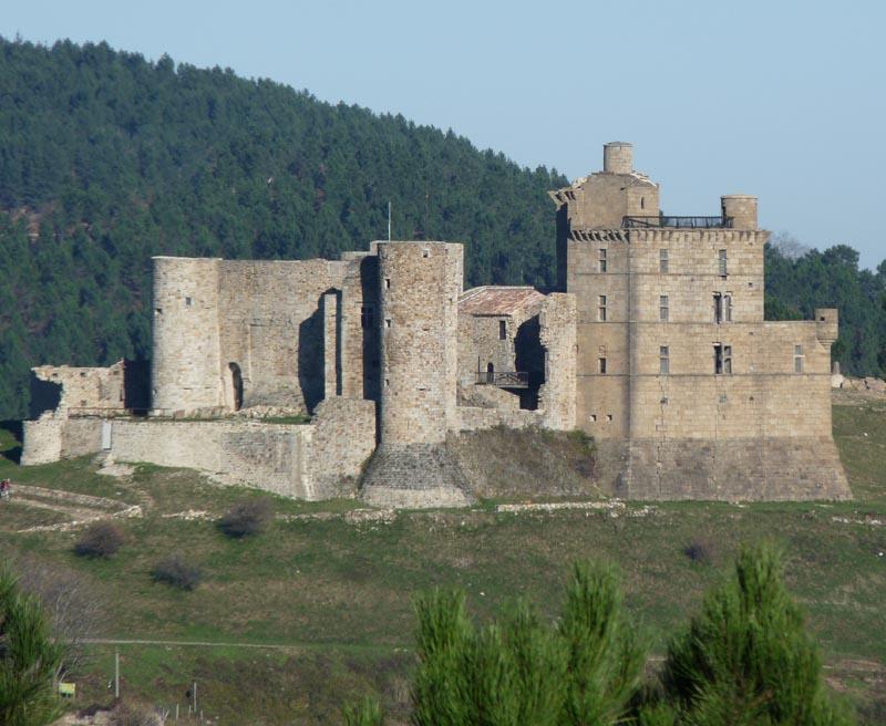 Château de Portes à visiter en même temps que l'exposition des Fous de la Sogne.